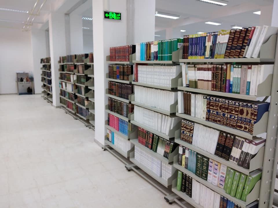 صور من المكتبة